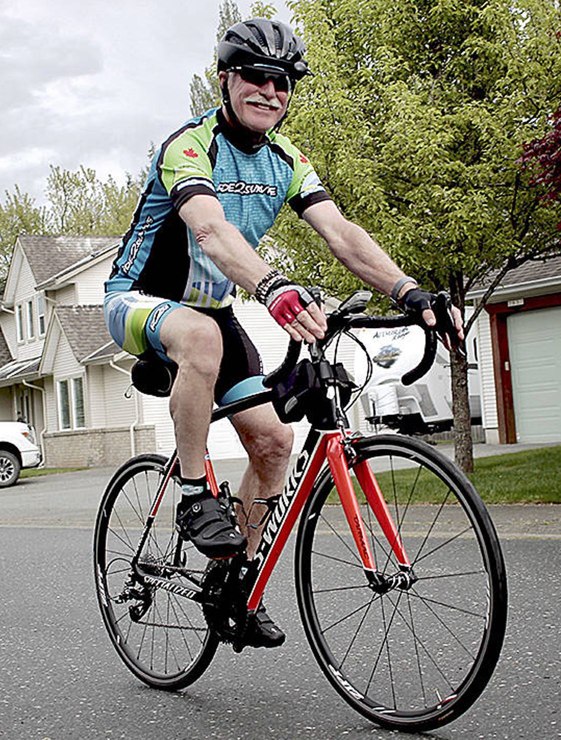 Senior to cycle up Island for cancer research